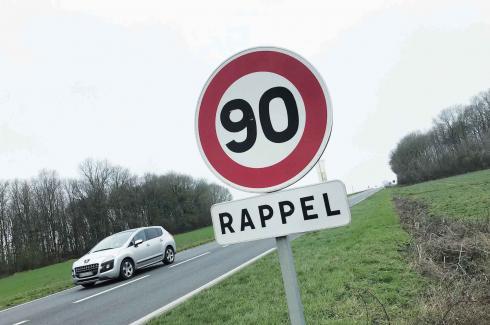 Les motards manifestent contre le 80 km/h sur les routes à Toulouse